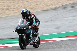 Moto3, Jerez, Libere 1: McPhee davanti a Canet, stupisce Rossi terzo