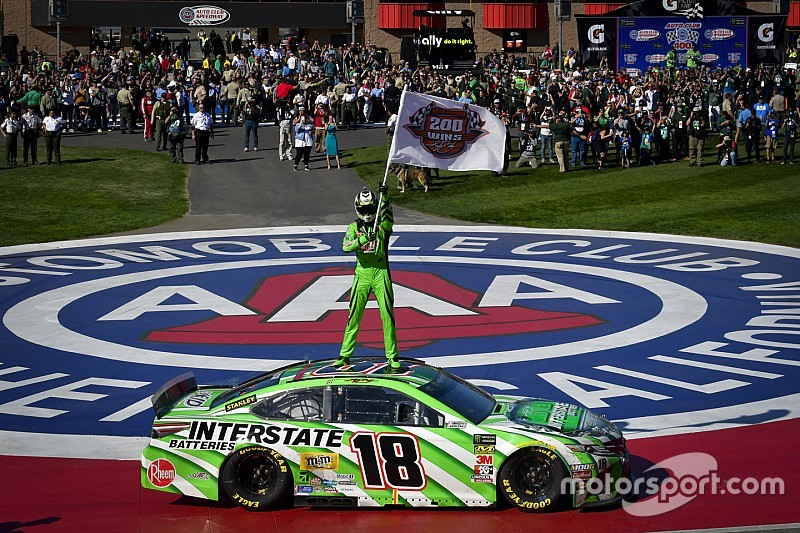 Kyle Busch overcomes penalty to capture NASCAR win No. 200