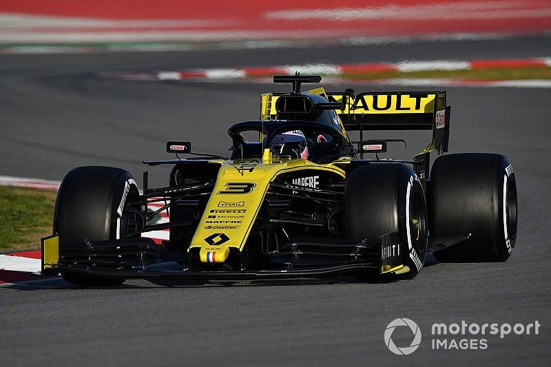 Ricciardo ondanks merkwaardig 'vleugelincident' tevreden over Renault