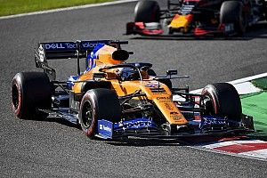 A$AP Ferggel körözött Carlos Sainz egy McLarenben a Hungaroringen