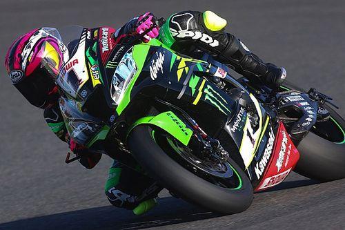 Ana Carrasco prueba la Kawasaki de Jonathan Rea en Jerez