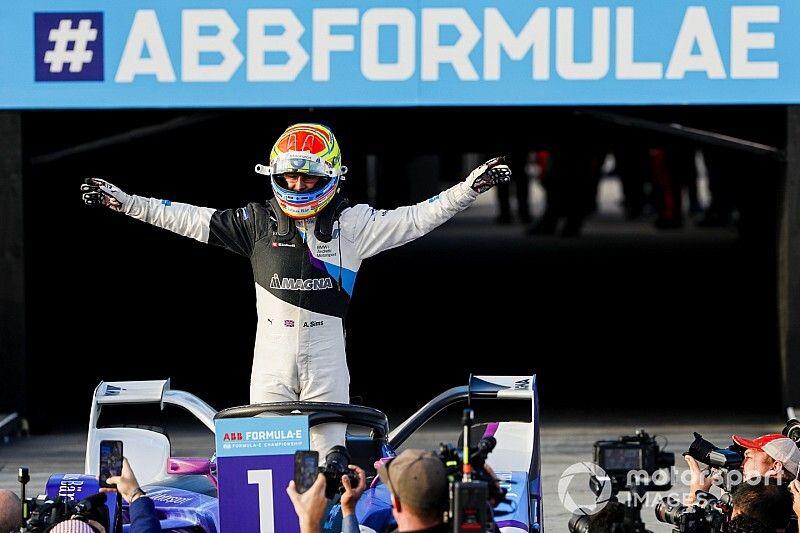 Diriyah E-Prix: Olaylı ikinci yarışı Sims kazandı, BMW duble yaptı!