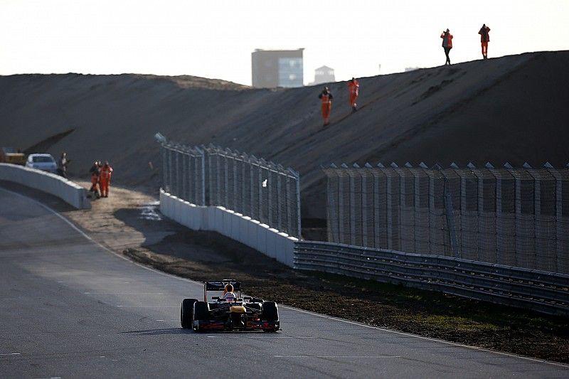 Verstappen: Zandvoort banking will encourage different lines