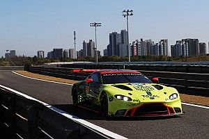 Podwójny pech Astona Martina