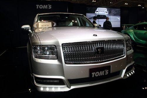 "TOM'Sが高級車センチュリーを""徹底カスタム""、東京オートサロンでセダン部門優秀賞を獲得"