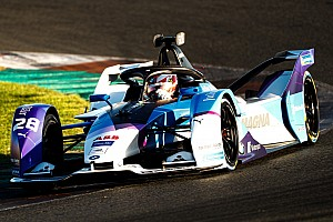 Gunther tops first morning of Formula E testing