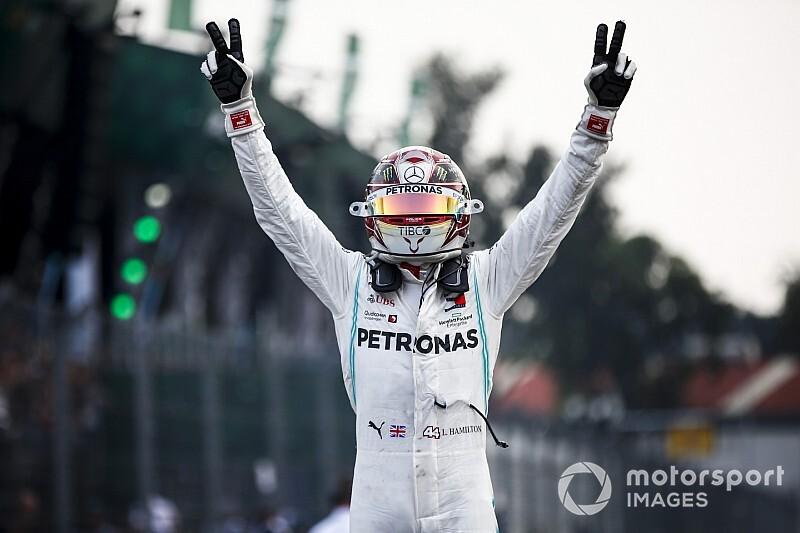 Hamilton gana una sensacional batalla en México, pese a sus quejas