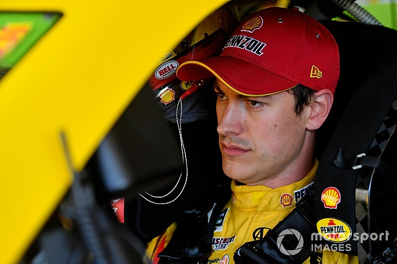 Joey Logano tops first Cup practice; Elliott changes engines