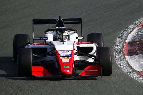 Dublet Abu Dhabi Racing