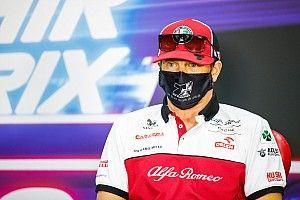 Így köszöntette Räikkönen 2021-et, és figyelmeztette a kislányát (kép)