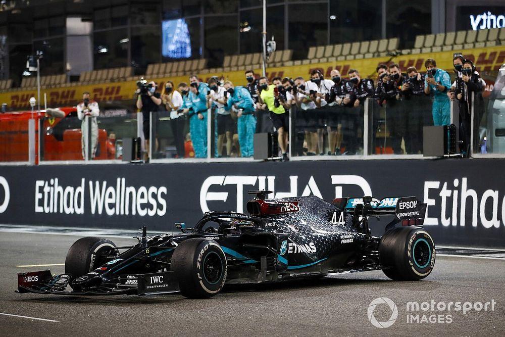 İtalyan basınına göre Daimler, Hamilton'la kontrat süresinde anlaşamıyor