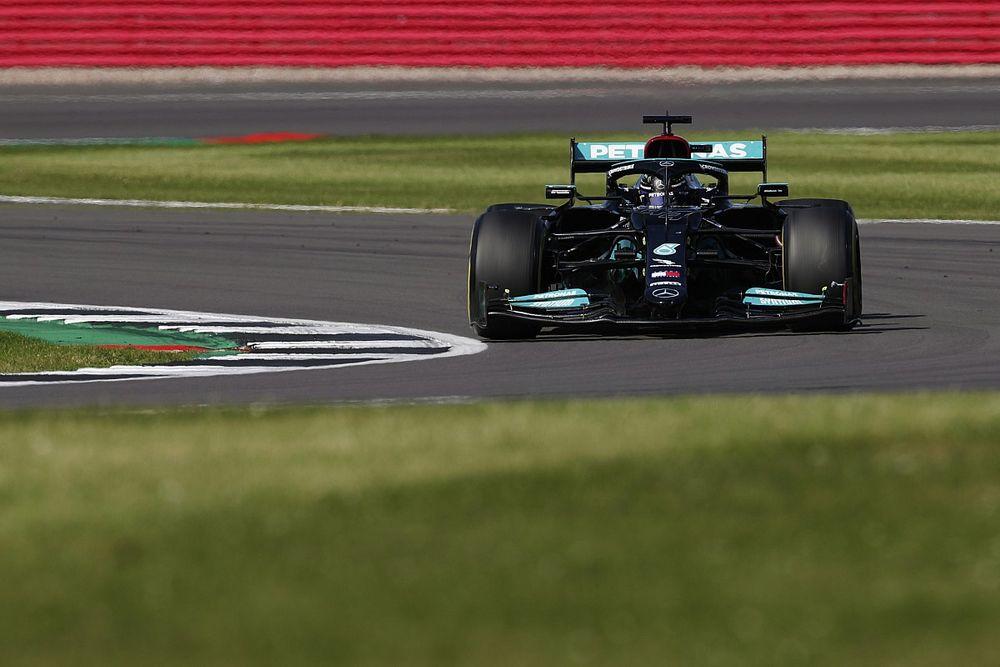 Hamilton was zonder rode vlag uitgevallen na botsing met Verstappen