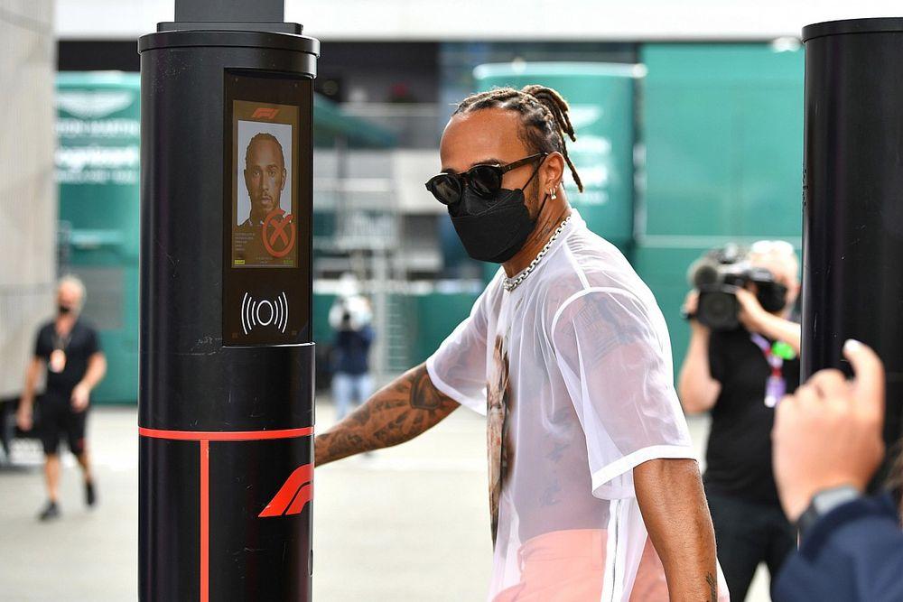 """Hamilton: """"Sapevo che sarebbero arrivati aggiornamenti"""""""