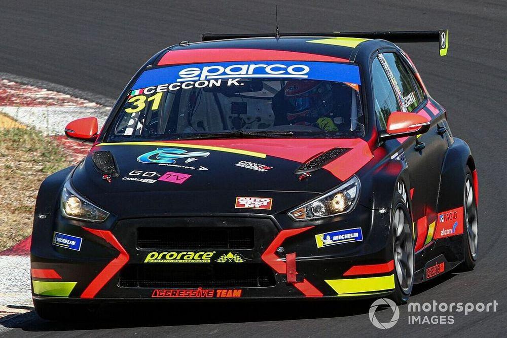 TCR Italy: prima vittoria a sorpresa per Ceccon con la Hyundai