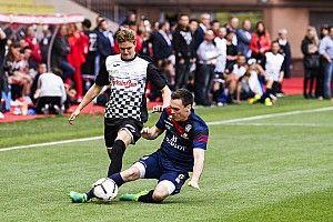 Galería: Schumacher toma el relevo de Alonso en el partido de celebridades