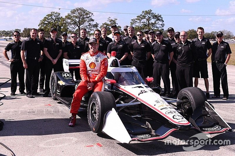 "Supercars ace McLaughlin thrilled by ""unbelievable"" IndyCar run"