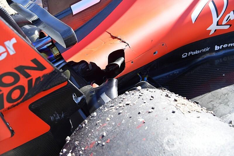 Közeli képeken Vettel eltört felfüggesztése Austinból