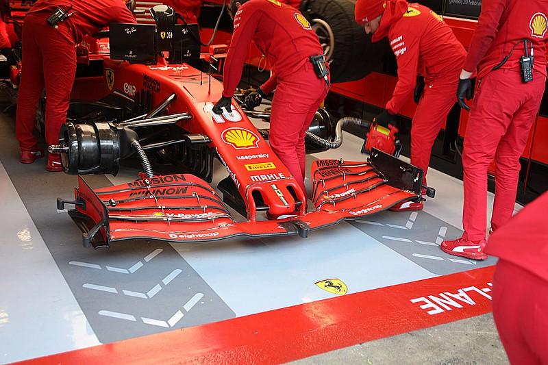 Ferrari: prove di flessione sull'ala anteriore della SF1000