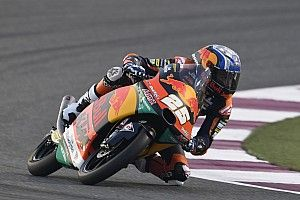 Moto3, Losail, Warm-Up: Fernandez su McPhee nel finale