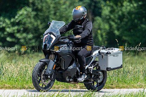 Spotted: 2021 KTM 1290 Super Adventure Bulked Up Over The Summer