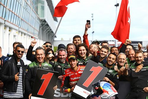 WSBK: Razgatlioglu logra una histórica victoria en Magny-Cours