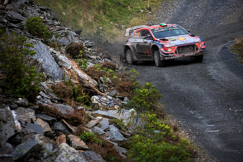 "Hyundai to ""look at big picture"" in deciding Breen's future"