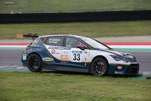 Barberini trionfa nella Qualifying Race interrotta, fuori Altoè