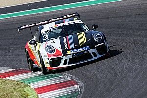 """Carrera Cup Italia, Mugello: vittoria con """"giallo"""" di Kujala in gara 1"""