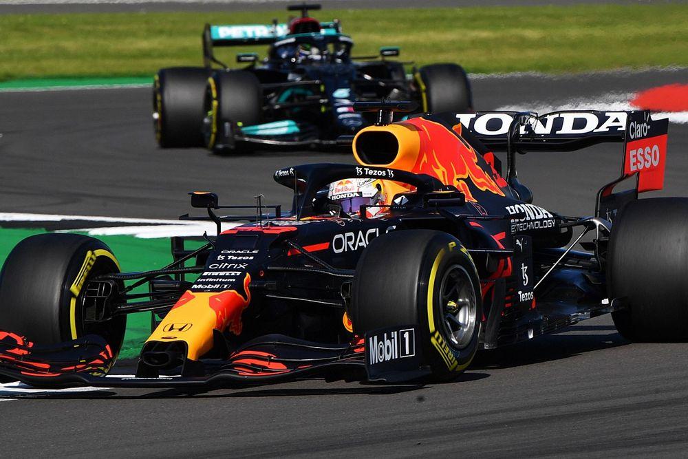 """Mercedes verwacht dat """"aangeslagen"""" Red Bull terugslaat in Hongarije"""