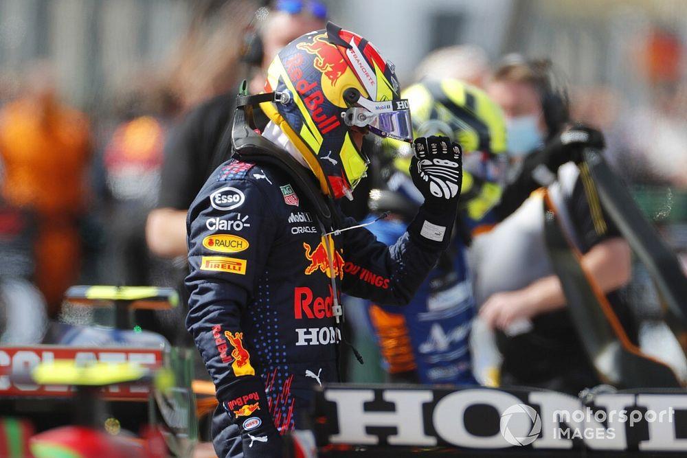 """Sergio Pérez élu """"Pilote du Jour"""" du GP du Portugal 2021"""