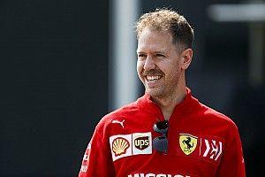 Vettel nyerte az FP1-et Kínában Hamilton és Leclerc előtt: örömhír a Ferrarinál, nincs gond a motorral