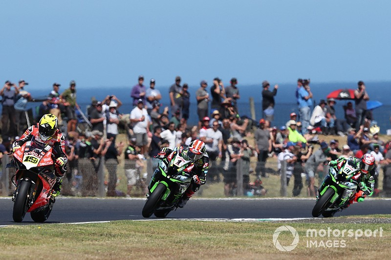 "Rea ""disappointed"" by gap to dominant Bautista"