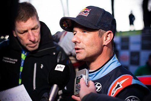 Loeb protagoniza un fuerte accidente en un test en Suecia