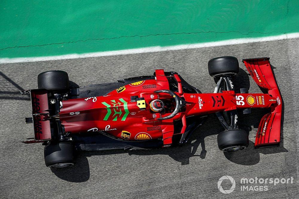"""F1 - Sainz diz que pode ser tão rápido quanto Leclerc: """"Não sou mais lento do que ele"""""""