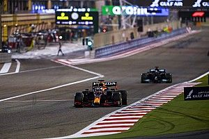 Судья Гран При Бахрейна удивился, что Хэмилтона не наказали