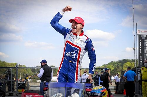 Barber IndyCar: Palou kazandı, üçüncü virajda kaos yaşandı