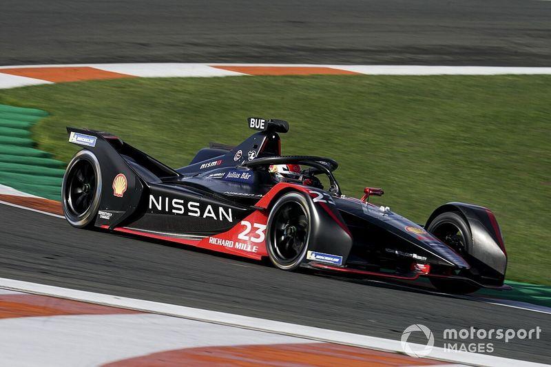 Nissan e.dams Tunda Peluncuran Mobil Baru Formula E