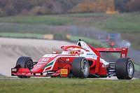 Petecof termina prova em 4º e amplia liderança na F3 Regional Europeia