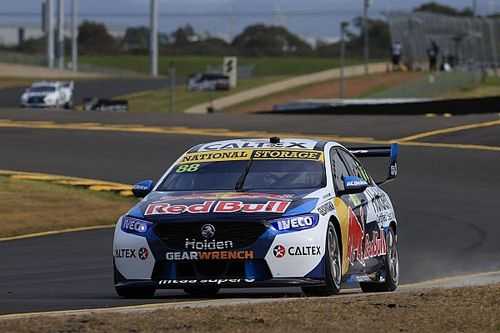 Sydney Supercars: Whincup, McLaughlin split Sunday poles