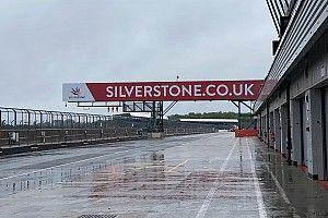 Sainz e Norris: test a Silverstone con la F3 sul bagnato