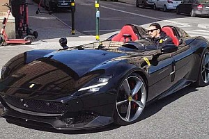 Multa para Zlatan Ibrahimovic, con su Ferrari SP2 Monza
