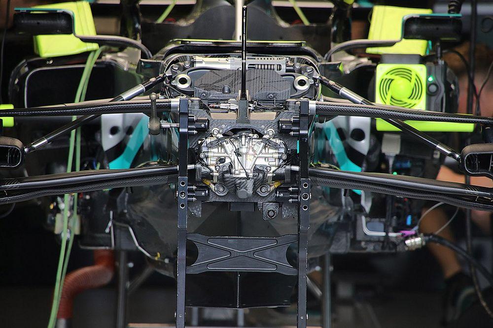Mercedes revela origem do DED, seu novo sistema de direção na F1
