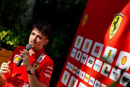"""Briatore: """"Ferrari, Leclerc'e odaklanacak"""""""