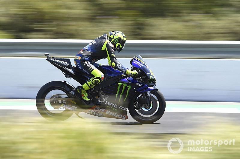 Rossi és a Yamaha is nagyon szenved Jerezben