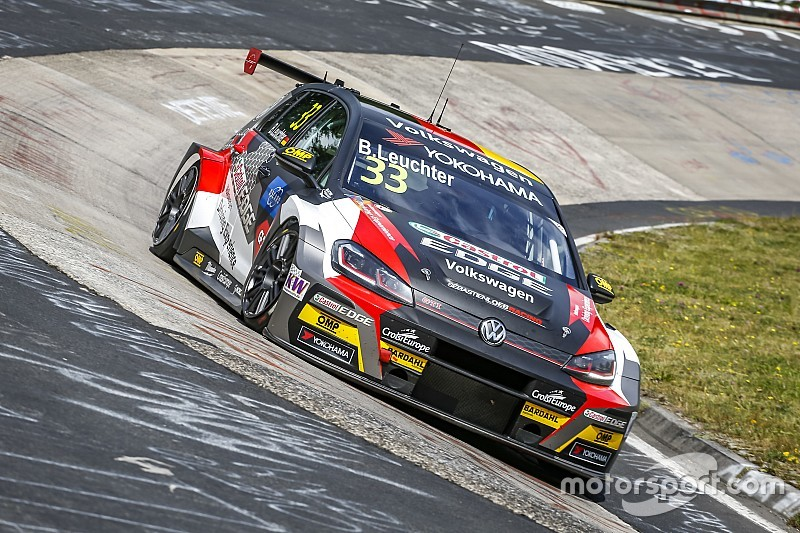 Nurburgring WTCR: Leuchter wins dramatic final race