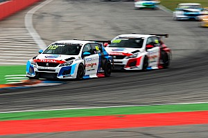 Il Team Clairet Sport con tre Peugeot in TCR Europe nel 2020