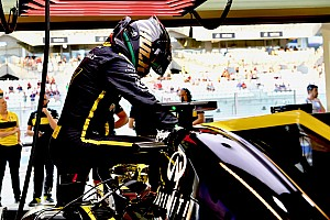 A Renault karácsonykor és újévkor is dolgozni fog: önként döntöttek erről