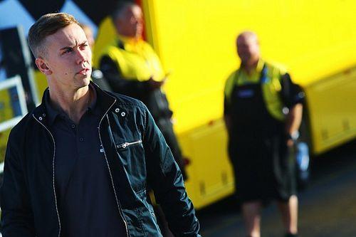 Lloyd gets full-season BTCC chance in Vauxhall
