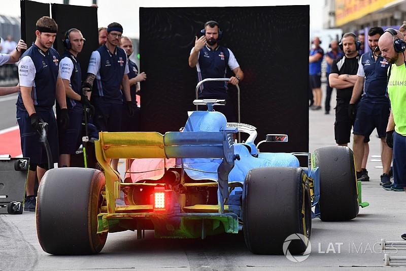 Nagyon rég nem látott színkavalkád a Williams versenygépén a Hungaroringen
