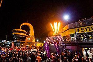Four night races during Sydney Supercars quadruple-header